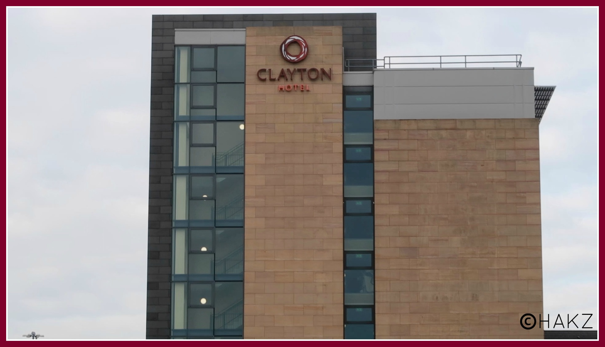 Manchester Airport hotel and parking: Clayton Hotel Manchester Airport tower