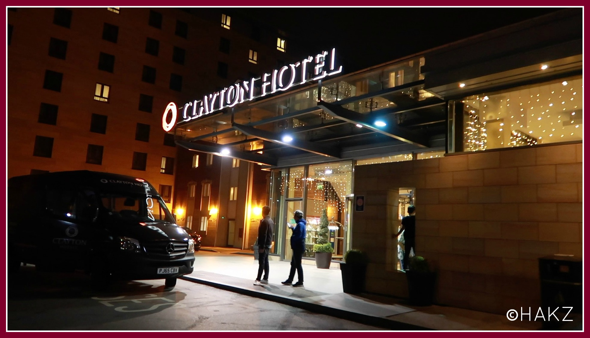 Manchester Airport hotel and parking: Clayton Hotel Manchester Airport entrance