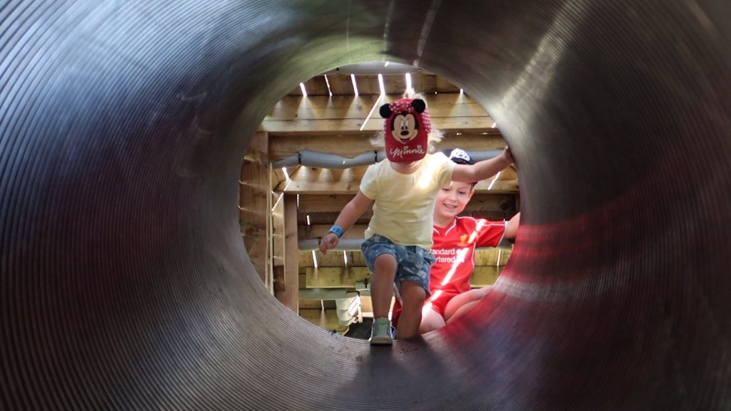 Things to do in Lincolnshire | The Pink Pig Farm, Holme near Scunthorpe tunnel