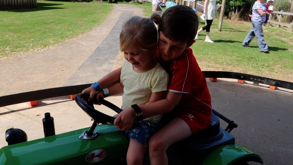 Things to do in Lincolnshire | The Pink Pig Farm, Holme near Scunthorpe kids on ride