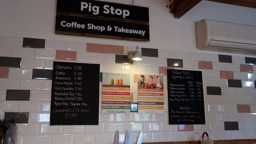 Things to do in Lincolnshire | The Pink Pig Farm, Holme near Scunthorpe coffee shop and takeaway