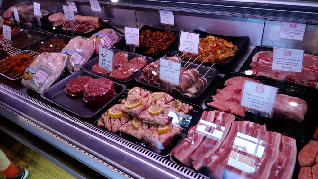 Things to do in Lincolnshire   The Pink Pig Farm, Holme near Scunthorpe meat counter